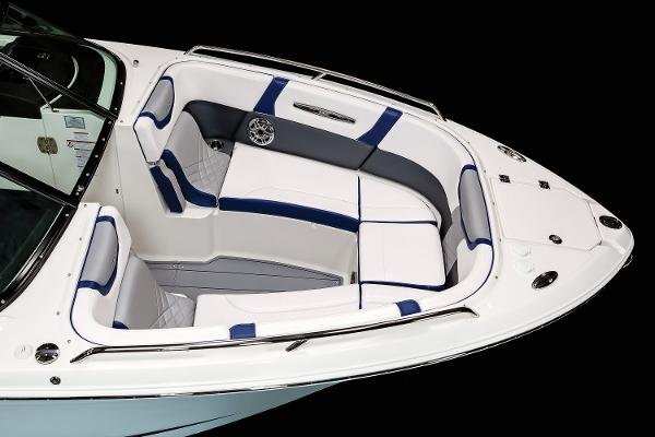 2021 Chaparral boat for sale, model of the boat is 287 SSX & Image # 6 of 20