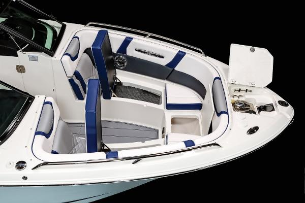 2021 Chaparral boat for sale, model of the boat is 287 SSX & Image # 7 of 20