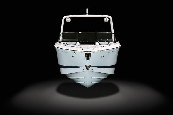 2021 Chaparral boat for sale, model of the boat is 287 SSX & Image # 4 of 20