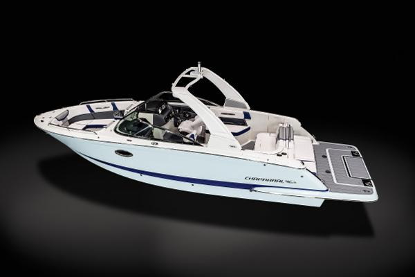 2021 Chaparral boat for sale, model of the boat is 287 SSX & Image # 2 of 20