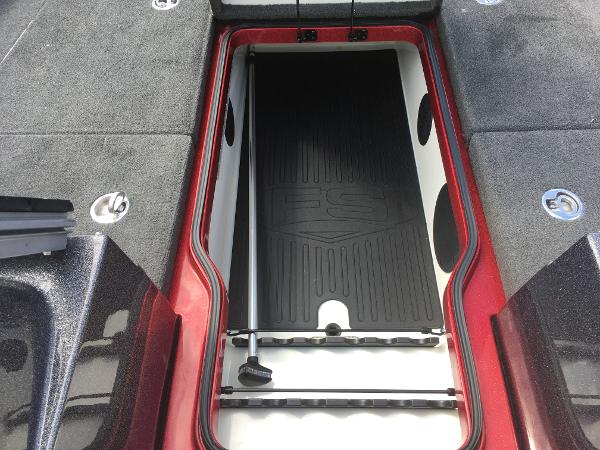 2015 Ranger Boats boat for sale, model of the boat is 621FS Fisherman & Image # 8 of 47
