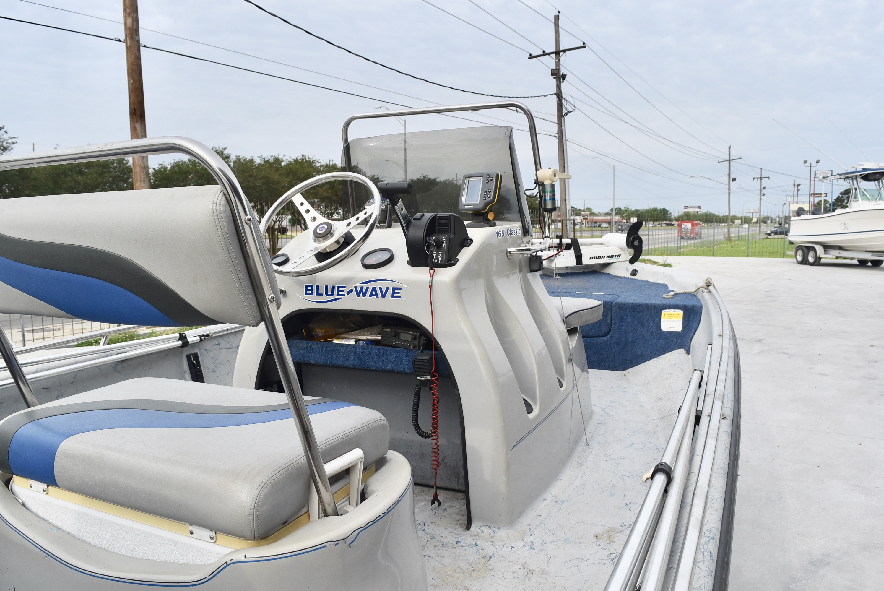 1998 Blue Wave boat for sale, model of the boat is 165 Classic & Image # 2 of 7