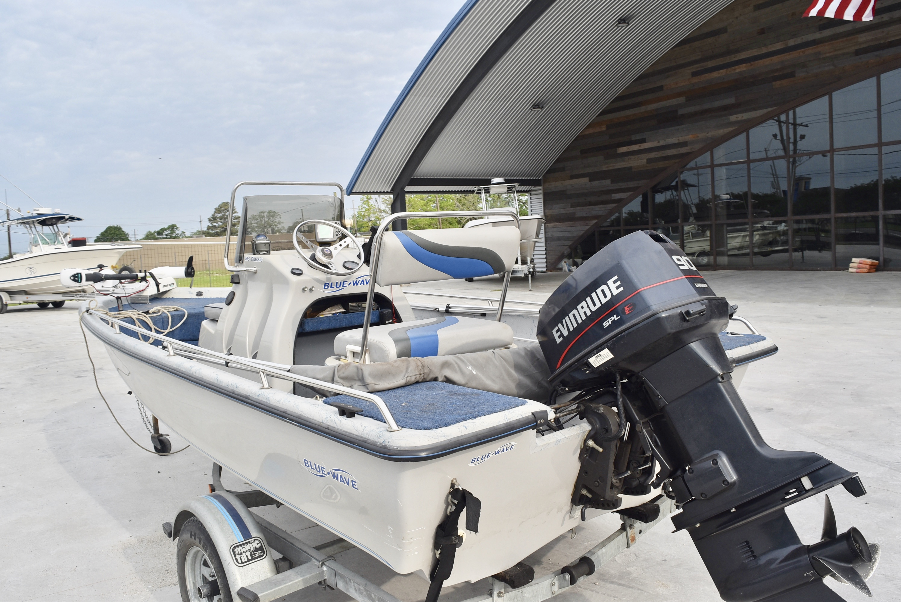 1998 Blue Wave boat for sale, model of the boat is 165 Classic & Image # 6 of 7