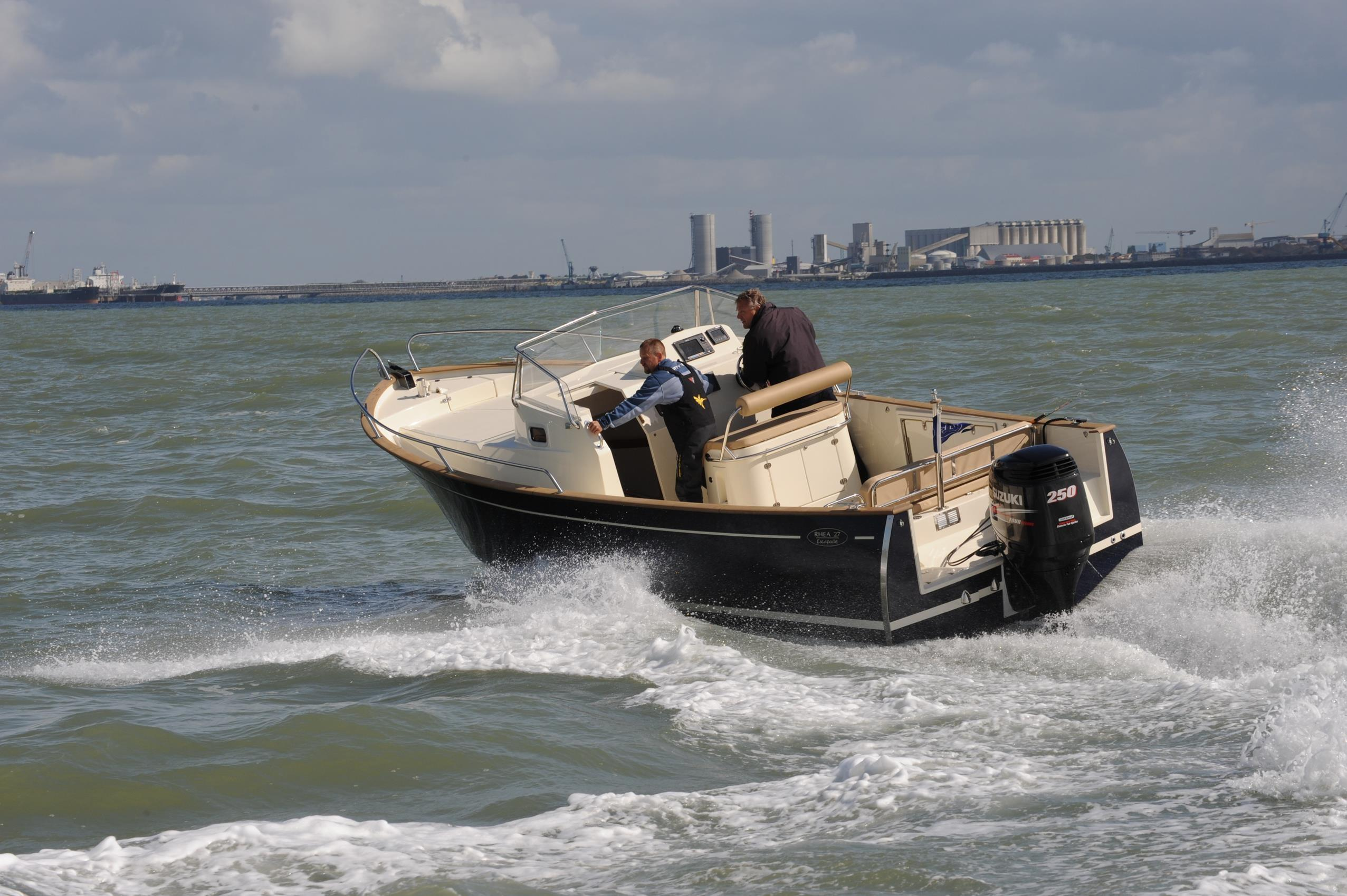 Rhea Marine Open 27 Escapade
