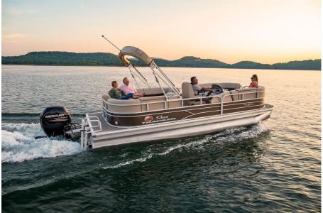2019 Sun Tracker boat for sale, model of the boat is PARTY BARGE 22 w/ Mercury 115 ELPT 4S & Image # 9 of 26