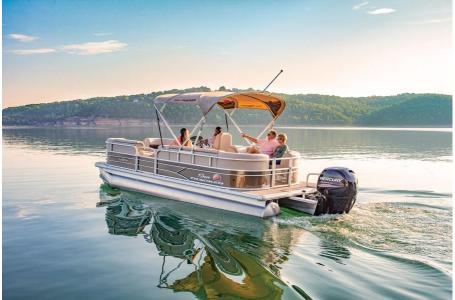 2019 Sun Tracker boat for sale, model of the boat is PARTY BARGE 22 w/ Mercury 115 ELPT 4S & Image # 17 of 26