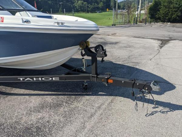2018 Tahoe boat for sale, model of the boat is 500 TS & Image # 9 of 47