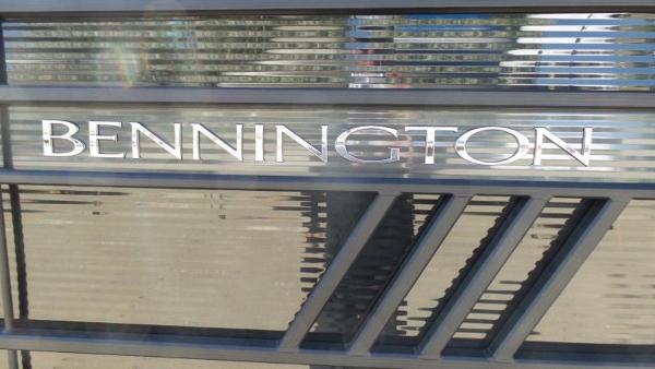 2021 Bennington boat for sale, model of the boat is 23 LXSR & Image # 2 of 6