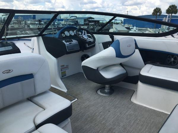 2017 Regal boat for sale, model of the boat is 2000 ESX & Image # 8 of 8