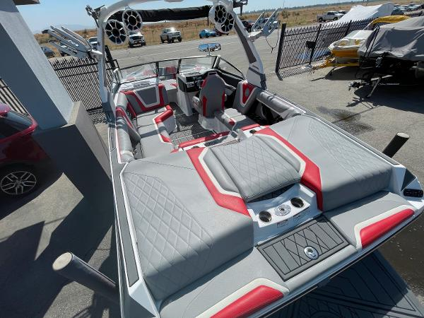 2019 Tige boat for sale, model of the boat is ZX1 & Image # 5 of 20