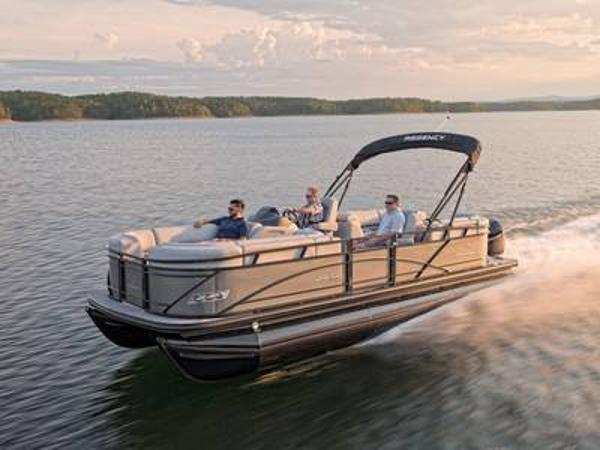 2021 Regency boat for sale, model of the boat is 230 DL3 & Image # 1 of 1