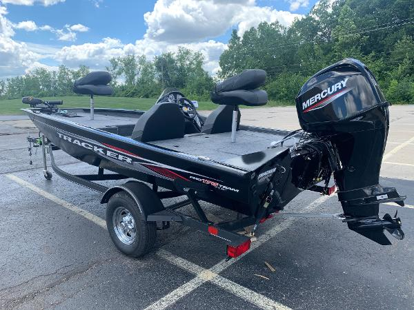 2021 Tracker Boats boat for sale, model of the boat is Pro Team 175 TXW & Image # 3 of 24