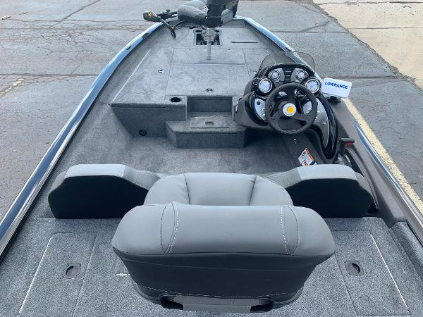 2021 Tracker Boats boat for sale, model of the boat is Pro Team 175 TXW & Image # 6 of 24