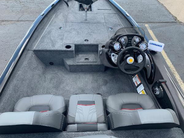 2021 Tracker Boats boat for sale, model of the boat is Pro Team 175 TXW & Image # 7 of 24