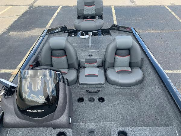 2021 Tracker Boats boat for sale, model of the boat is Pro Team 175 TXW & Image # 15 of 24