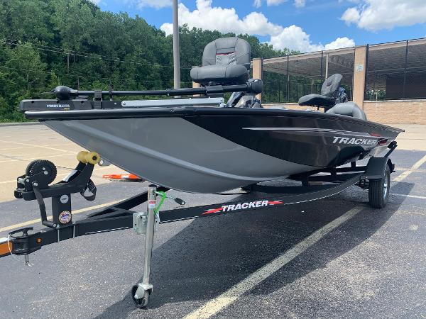 2021 Tracker Boats boat for sale, model of the boat is Pro Team 175 TXW & Image # 23 of 24