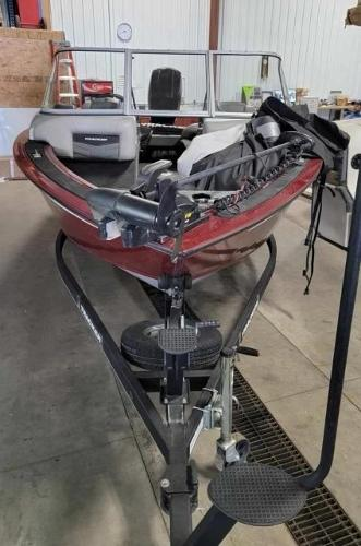 2017 Tracker Boats boat for sale, model of the boat is Targa 18 Combo & Image # 3 of 14