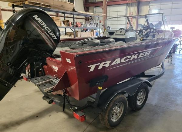 2017 Tracker Boats boat for sale, model of the boat is Targa 18 Combo & Image # 4 of 14