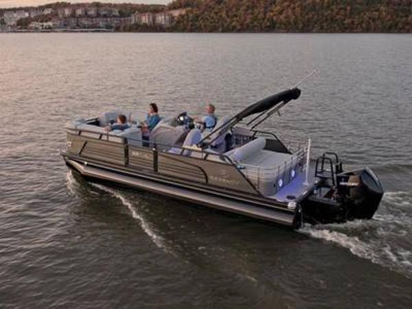 2021 Regency boat for sale, model of the boat is 230 LE3 Sport & Image # 1 of 1