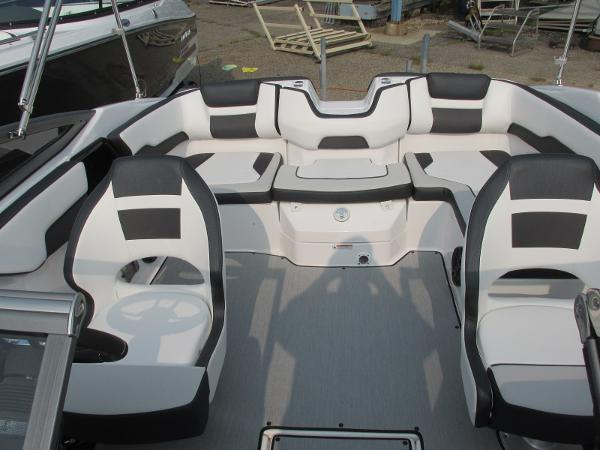 2021 Yamaha boat for sale, model of the boat is SX 195 & Image # 9 of 30