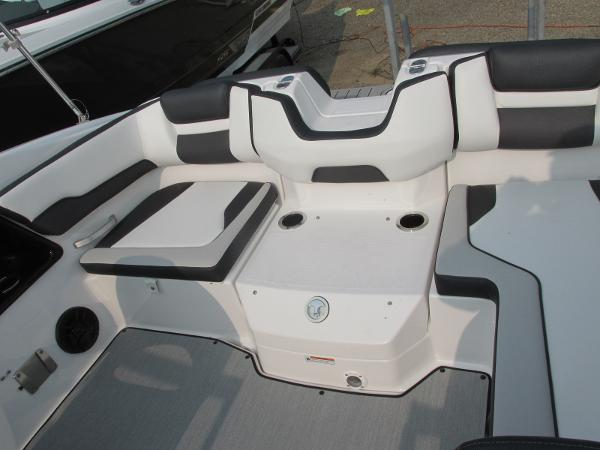 2021 Yamaha boat for sale, model of the boat is SX 195 & Image # 10 of 30