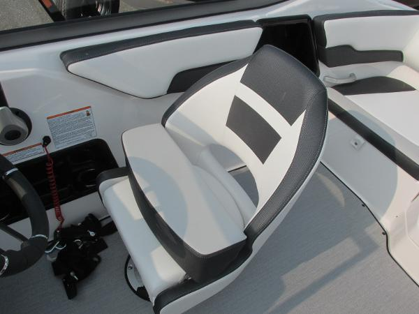 2021 Yamaha boat for sale, model of the boat is SX 195 & Image # 16 of 30