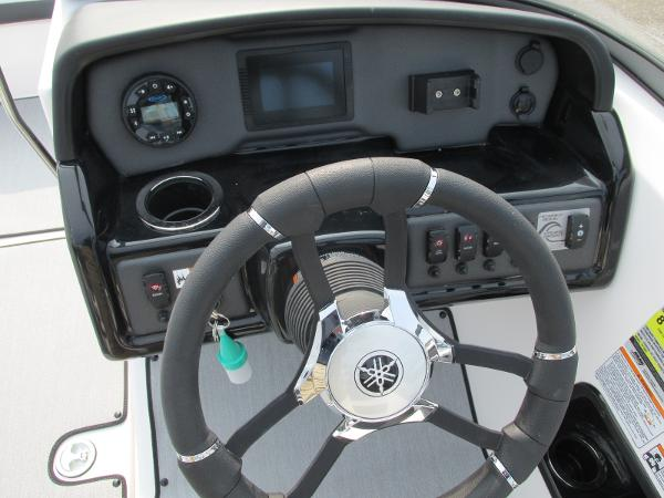2021 Yamaha boat for sale, model of the boat is SX 195 & Image # 17 of 30