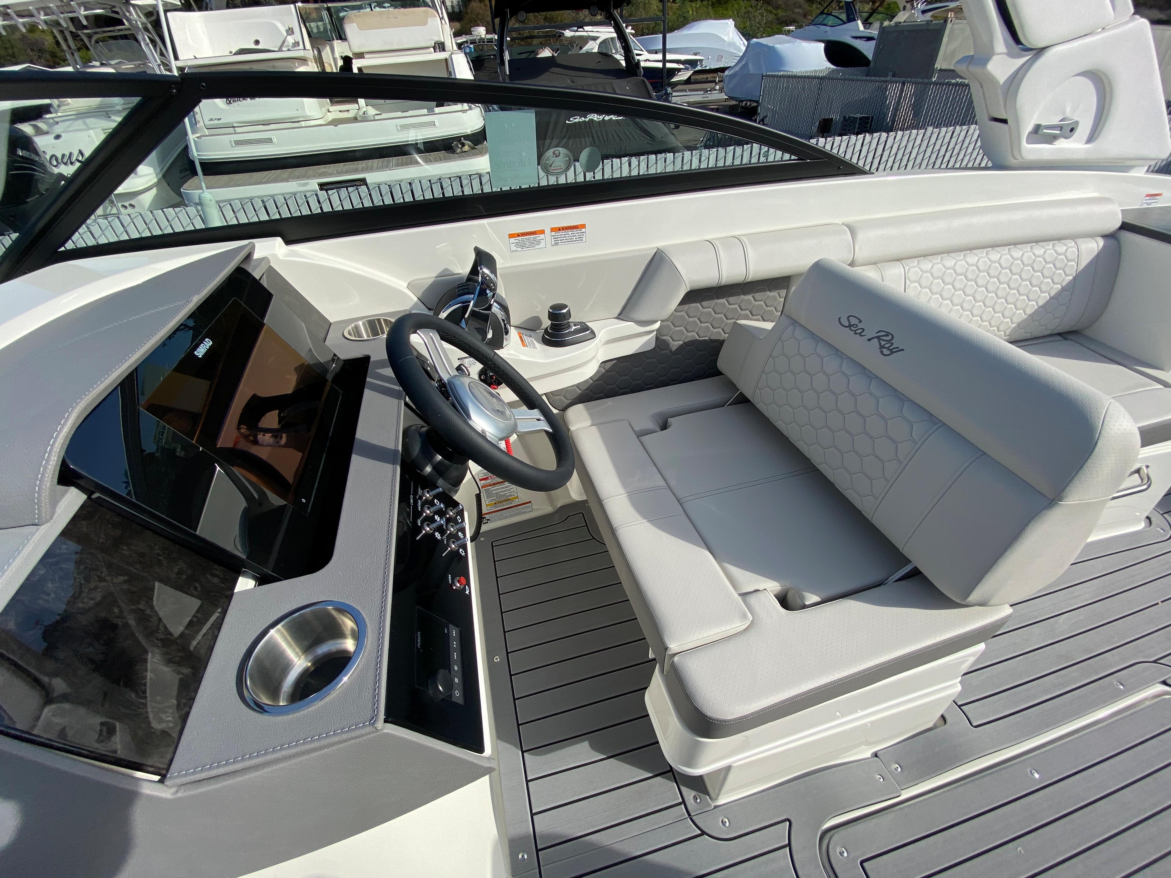 2021 Sea Ray SDX 290 OB #S1541J inventory image at Sun Country Coastal in Newport Beach