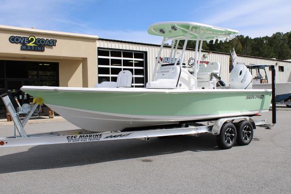 2021 Sea Pro 228 DLX thumbnail