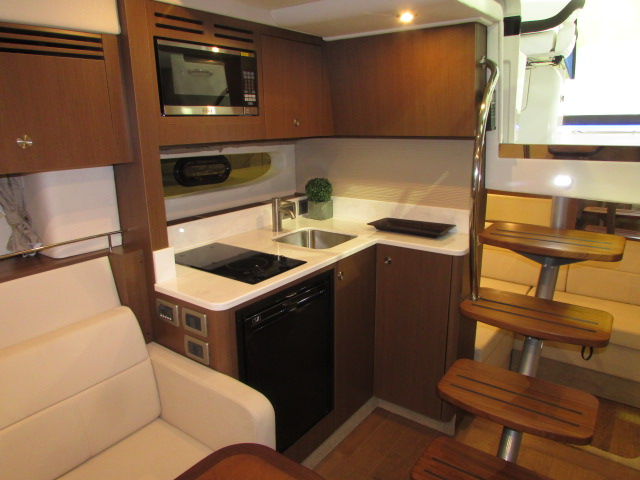2020 Sea Ray boat for sale, model of the boat is 350 Coupe & Image # 16 of 29