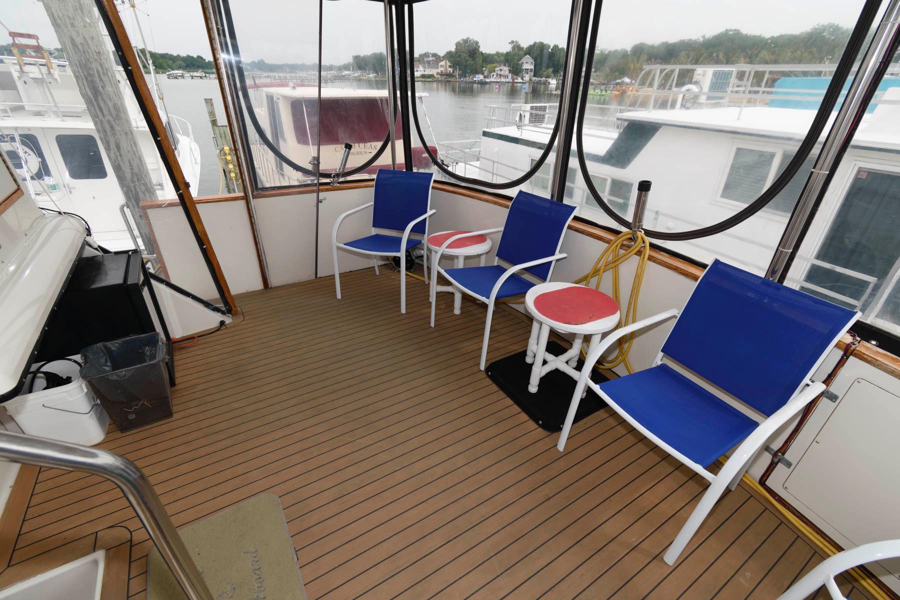 M 6327 JB Knot 10 Yacht Sales