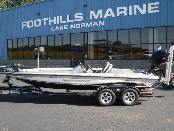 2017 Phoenix boat for sale, model of the boat is 920 ProXP & Image # 1 of 33