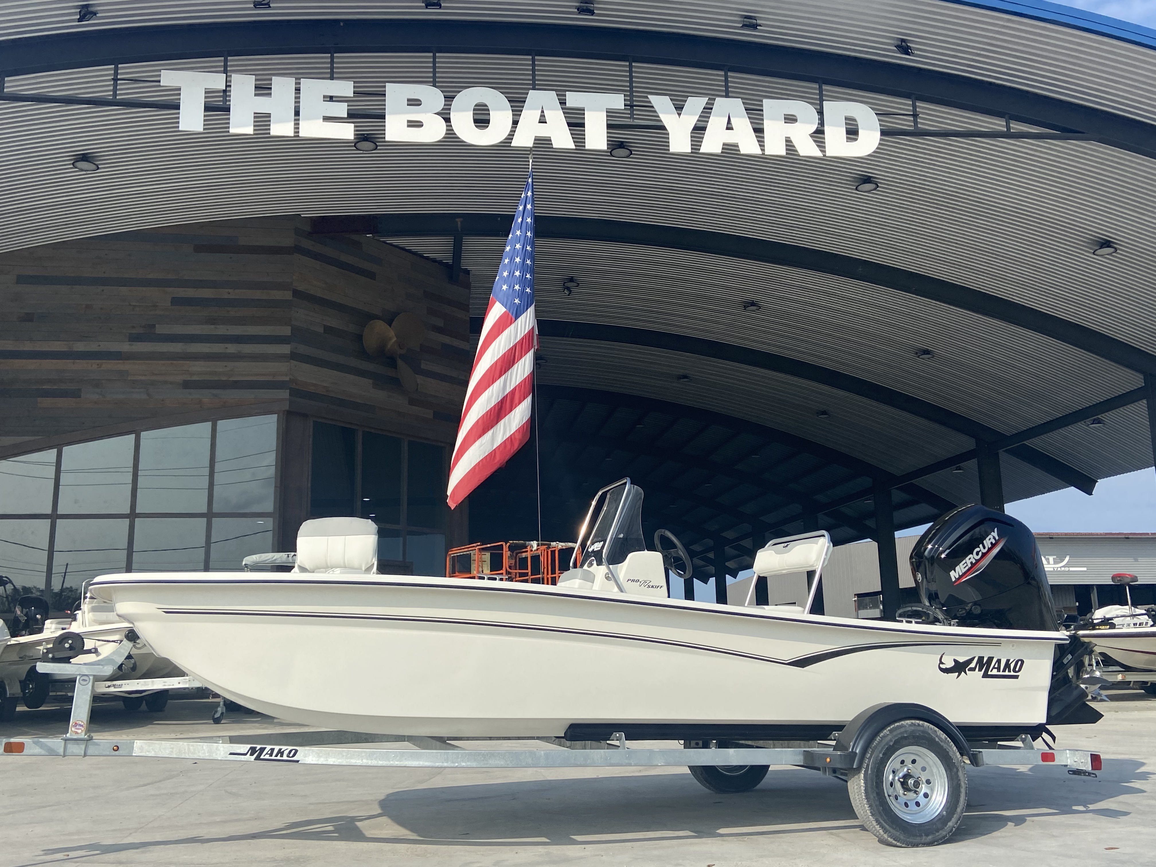2021 Mako boat for sale, model of the boat is Pro Skiff 17 & Image # 1 of 9