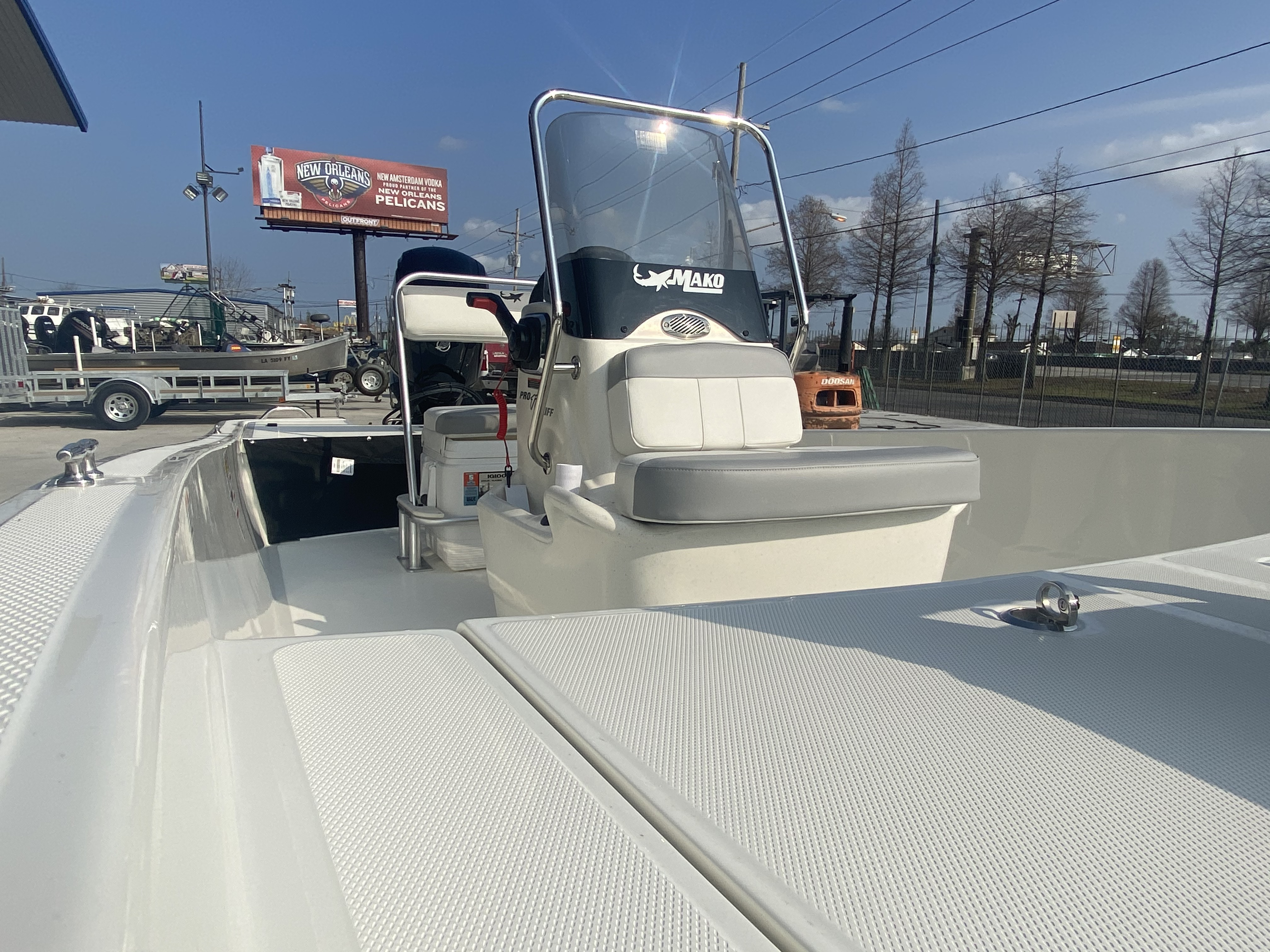 2021 Mako boat for sale, model of the boat is Pro Skiff 17 & Image # 9 of 9