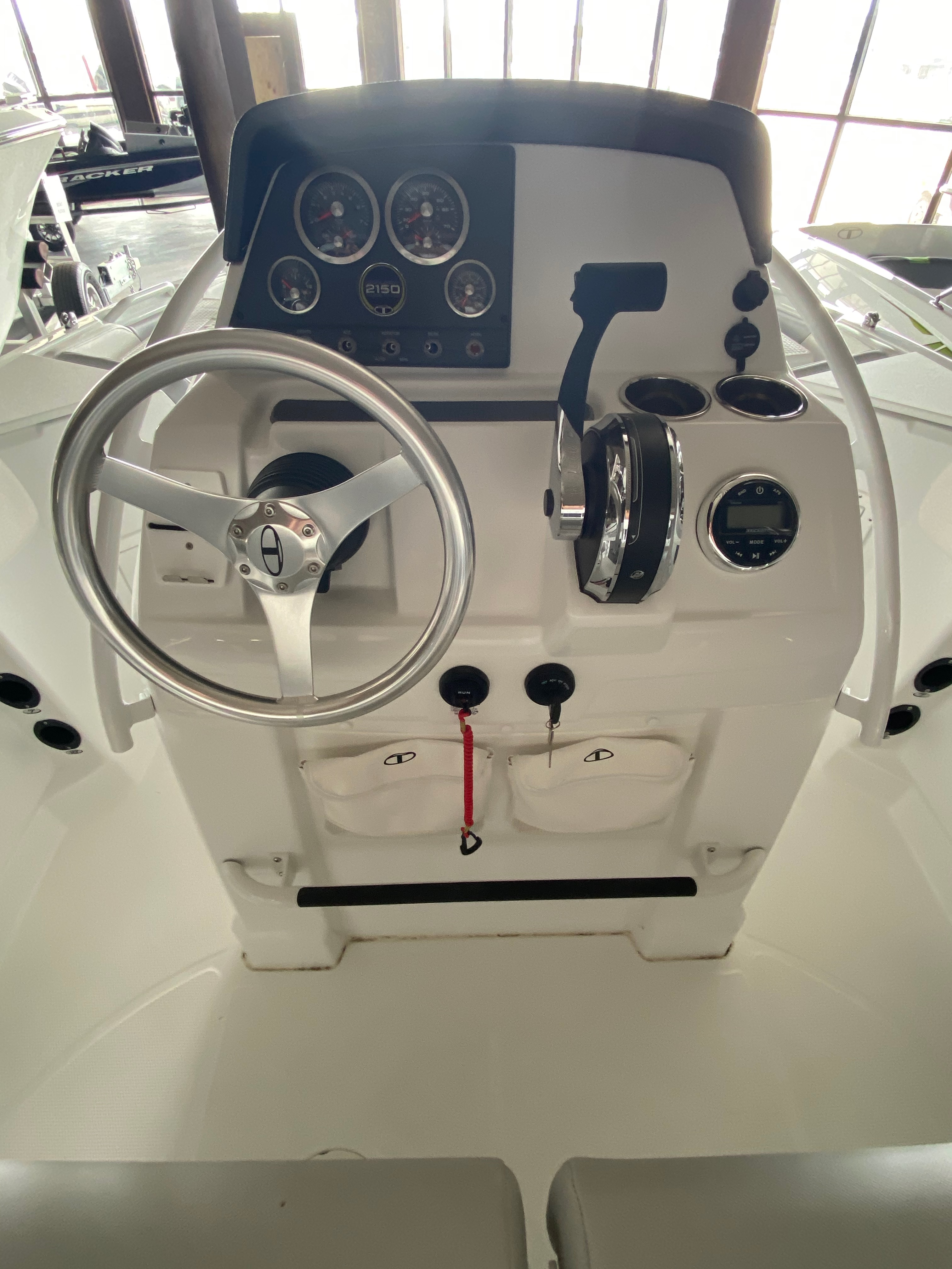 2021 Tahoe boat for sale, model of the boat is 2150cc & Image # 3 of 13
