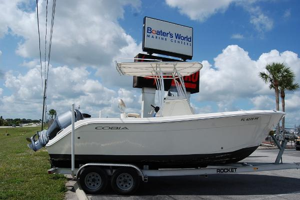 2017 Cobia boat for sale, model of the boat is 220 & Image # 1 of 11