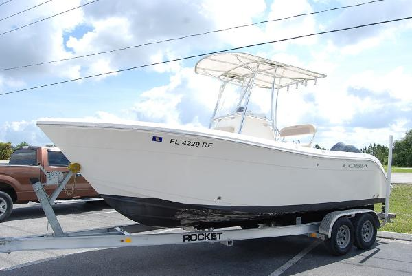 2017 Cobia boat for sale, model of the boat is 220 & Image # 4 of 11