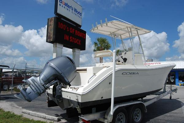 2017 Cobia boat for sale, model of the boat is 220 & Image # 5 of 11