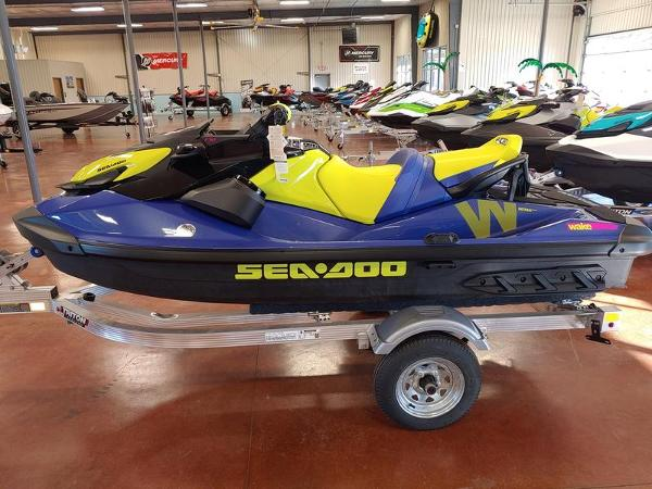 2021 Sea Doo PWC boat for sale, model of the boat is Wake™ 170 IBR & Sound System & Image # 3 of 3