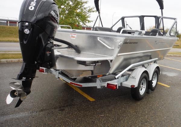 2019 Spartan boat for sale, model of the boat is 200 Astoria & Image # 4 of 28