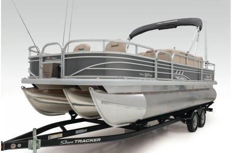 2020 Sun Tracker boat for sale, model of the boat is Signature Fishing Barge 22XP3 w/150L 4S & Image # 25 of 50