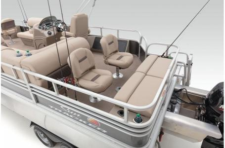2020 Sun Tracker boat for sale, model of the boat is Signature Fishing Barge 22XP3 w/150L 4S & Image # 5 of 50