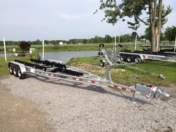 2021 LOAD RITE TRAILERS LR-AC32R10400102TB3 image
