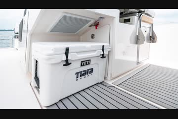 Tiara Sport 34 LS video