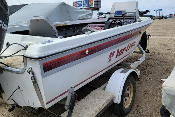 1990 Yar-Craft boat for sale, model of the boat is Side Console & Image # 4 of 10