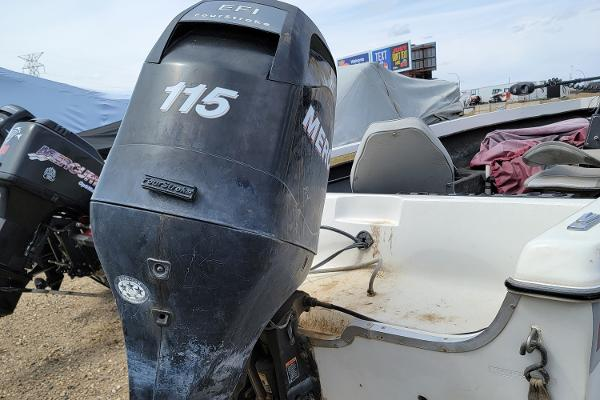1990 Yar-Craft boat for sale, model of the boat is Side Console & Image # 5 of 10