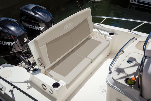 2020 Boston Whaler boat for sale, model of the boat is 270 Dauntless & Image # 8 of 10