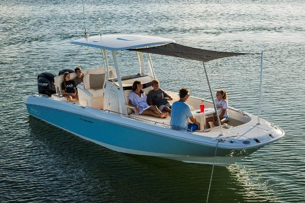 2020 Boston Whaler boat for sale, model of the boat is 270 Dauntless & Image # 4 of 10