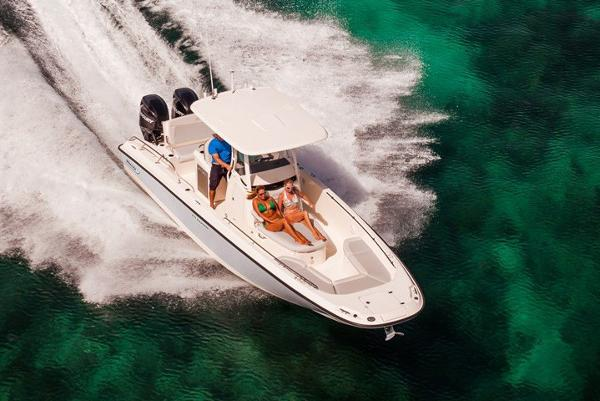 2020 Boston Whaler boat for sale, model of the boat is 270 Dauntless & Image # 3 of 10