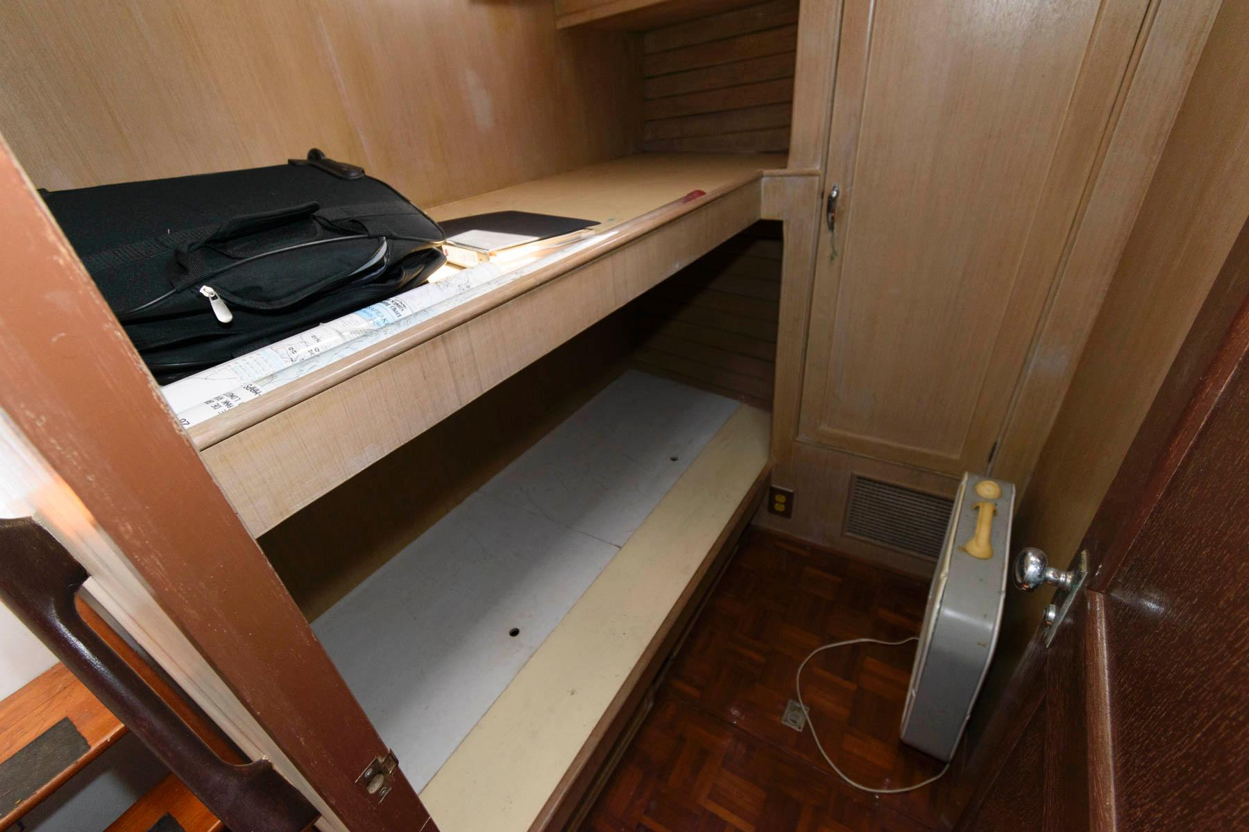M 6270 WT Knot 10 Yacht Sales
